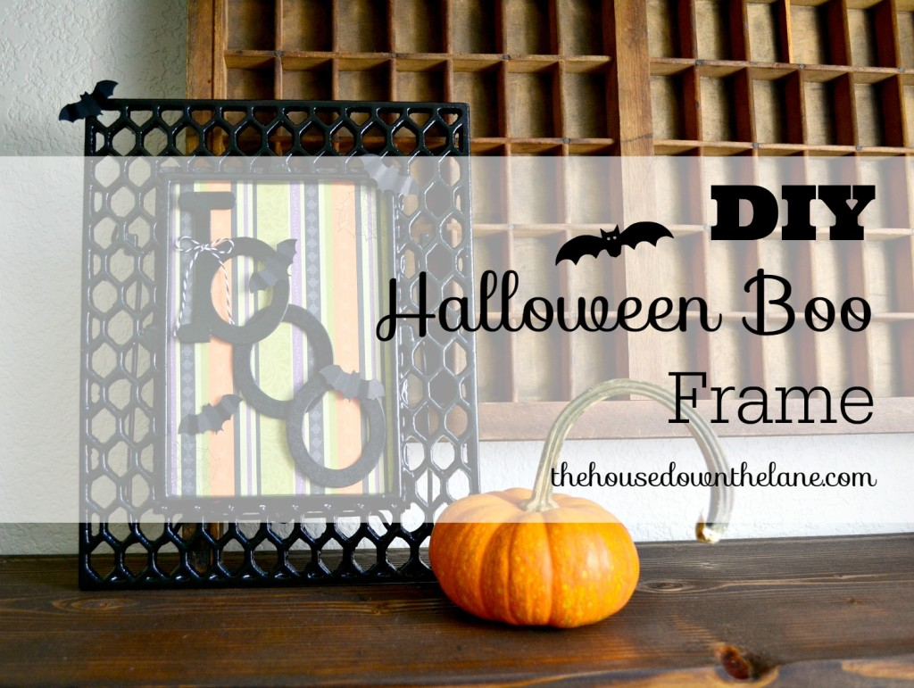 This DIY Halloween Boo Frame was quick, easy, and cheap. A crafter's trifecta! ;0) It's the perfect addition to any Halloween decor, and it can be adapted for any holiday or season! All of the details are on the blog. | The House Down the Lane