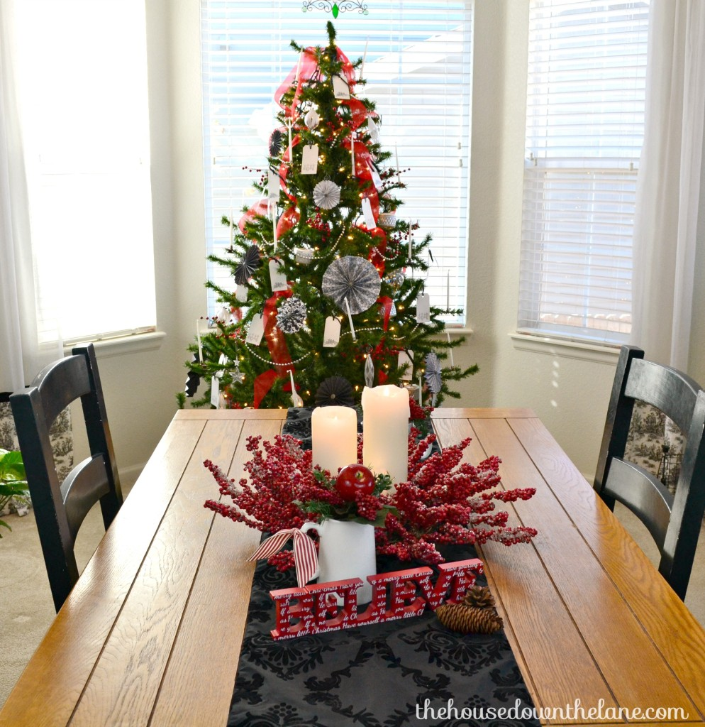 Christmas Dining Room Holiday Homes Blog Hop Red And White Christmas Dining Room