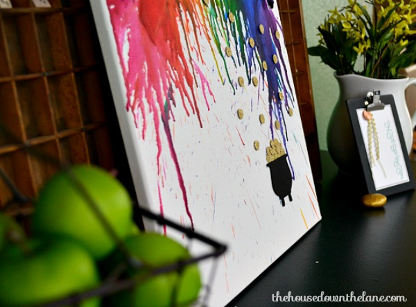 St. Patty's Day Melted Crayon Art |The House Down the Lane