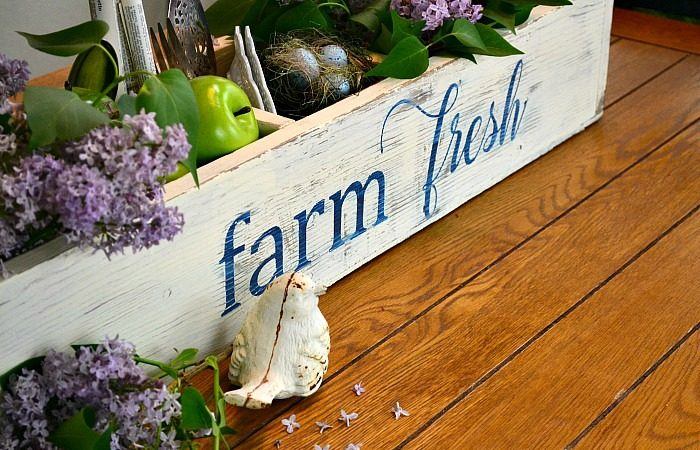 Farmhouse Style Toolbox Centerpiece