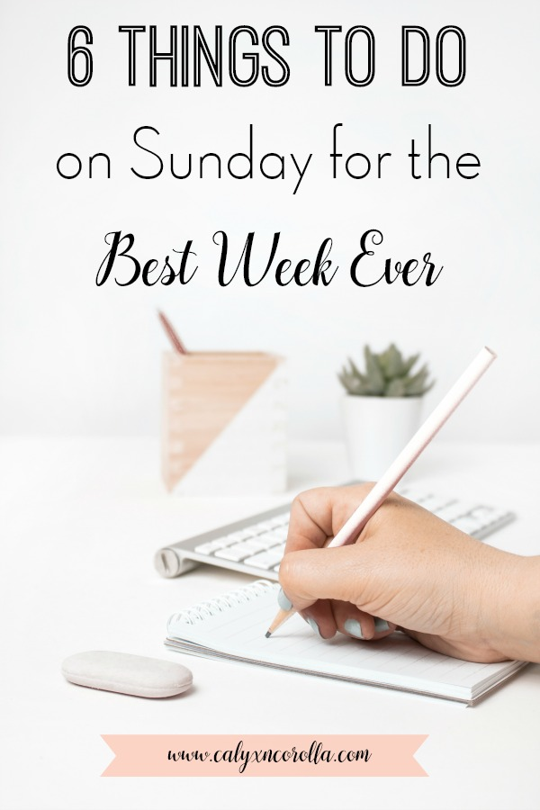 """You don't have to dread Monday mornings and hectic work weeks any longer. Prepare for the week ahead by creating a Sunday routine with these tips and ideas, and you'll say """"buh-bye"""" to those crazy and chaotic weeks.Don't miss these6 things to doon Sunday for the best and most productive work week ever! #Sunday #success #productivity #weekendprep #sundayroutine #timemanagement"""
